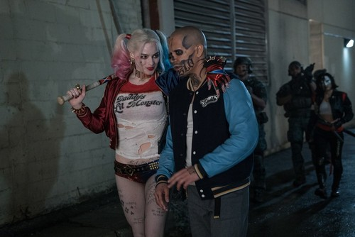 Suicide Squad 壁纸 possibly with a hip boot and a playsuit, 戏剧, 防寒 entitled Suicide Squad Still - Harley and Diablo
