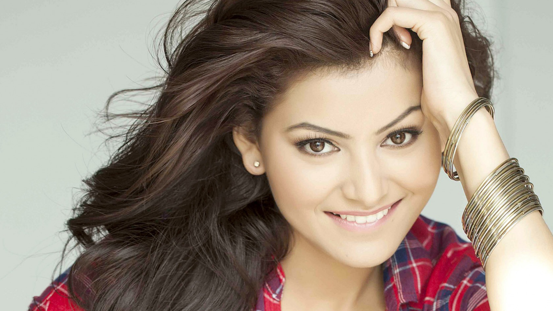 indian actresses images urvashi rautela hd wallpaper and background