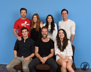 With Teen lupo Cast