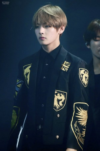 V (BTS) wallpaper with a business suit titled da04e266gw1f5s3q1rdsrj20iw0scjv8
