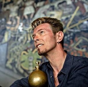 tuDavid Bowie