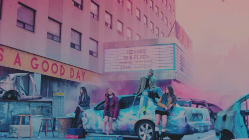 Black गुलाबी वॉलपेपर probably with a सड़क, स्ट्रीट entitled ♥ BLACKPINK - Stay MV ♥