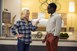 1x01 - Everything Is Fine - Eleanor and Chidi