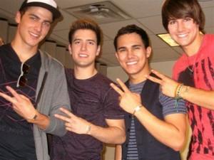 Kendall,Logan,Carlos,James peace