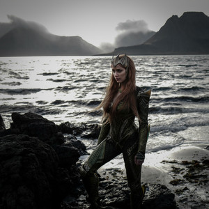 Amber Heard as Mera in Justice League (2017)