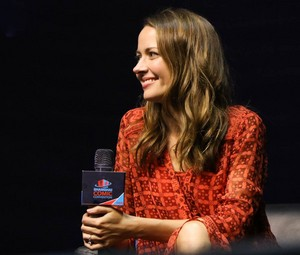 Amy Acker at Shanghai Comic Con 2016