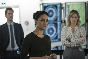 Blindspot - Episode 2.08 - We Fight Deaths on Thick Lone Waters - Promotional foto-foto