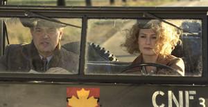 Carice фургон, ван Houten as Ellis de Vries and Derek de Lint as Gerben Kuipers