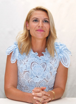 Claire Danes ~ 'Homeland' Press Conference - Four Seasons Hotel, Beverly Hills, Cal - Sept 17th