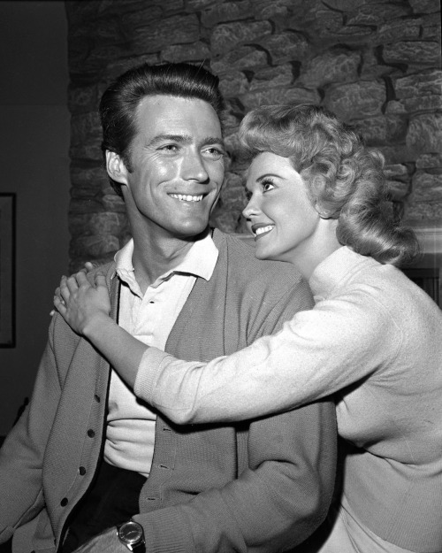 Clint Eastwood and Donna Douglas in the  Mister Ed  episode  Clint Eastwood Meets Mister Ed