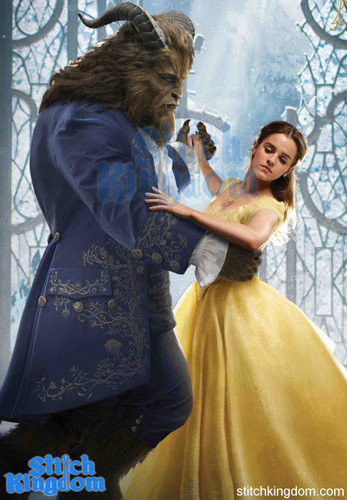 Beauty and the Beast (2017) 壁纸 with a kirtle, a polonaise, and a 晚餐 dress titled First Look at Beauty and the Beast