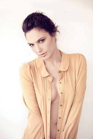 Gal Gadot - Laisha Photoshoot - 2011