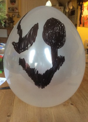 Gaster balloon for Halloween.