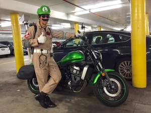 "Ghostbuster Luigi and the ""Green Machine"" Cycle!"