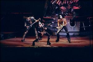 키스 1983 (Creatures of the Night tour