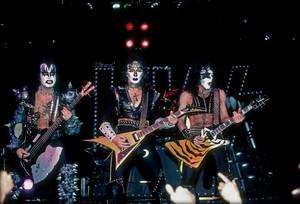 KISS ~Laguna Hills, California…March 26, 1983