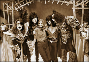 KISS ~September 21, 1980 (Kids are People Too)