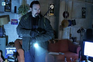 Kevin Durand as Vasiliy Fet in The Strain - 3x05 - Madness