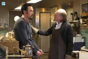 Kevin Durand as Vasiliy Fet in The Strain - 3x07 - Collaborators