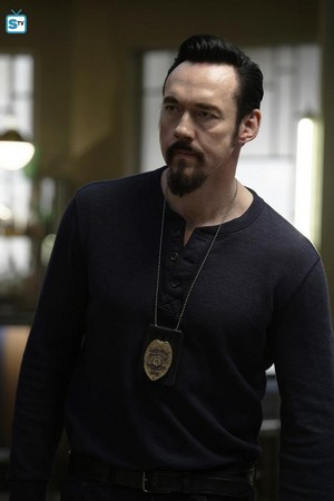 Kevin Durand as Vasiliy Fet in The Strain - 3x10 - The Fall