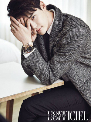 LEE JONG SUK FOR 'L'OFFICIEL HOMMES'