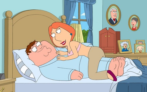 family guy wallpaper containing anime called Lois and Peter in tempat tidur