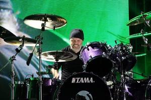 Metallica's Bogota tampil