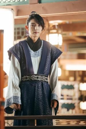 Moon pasangan : Scarlet jantung Ryeo