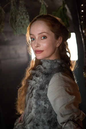 Outlander Geillis Duncan Season 1 Official Picture