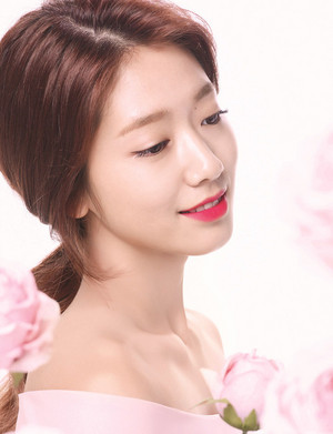 PARK SHIN HYE FOR MAMONDE TRUE COLOR LIPSTICK