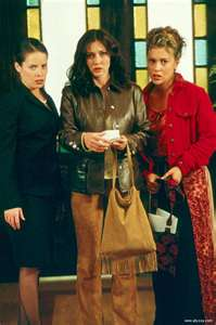Prue Piper and Phoebe 16