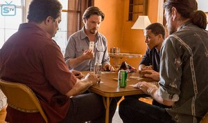 Rectify - Episode 4.01 - A House Divided - Promotional चित्रो