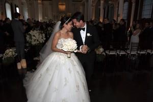 Robbie Amell & Italia Ricci Wedding चित्र