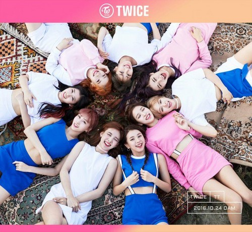 Twice (JYP Ent) wallpaper titled TWICE flash pretty smiles in new group teaser image for comeback!