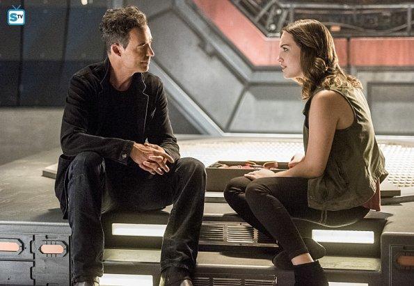 """闪电侠第二季第16集,哈里森 威尔斯对巴里 艾伦说的一句 """"每当你向"""