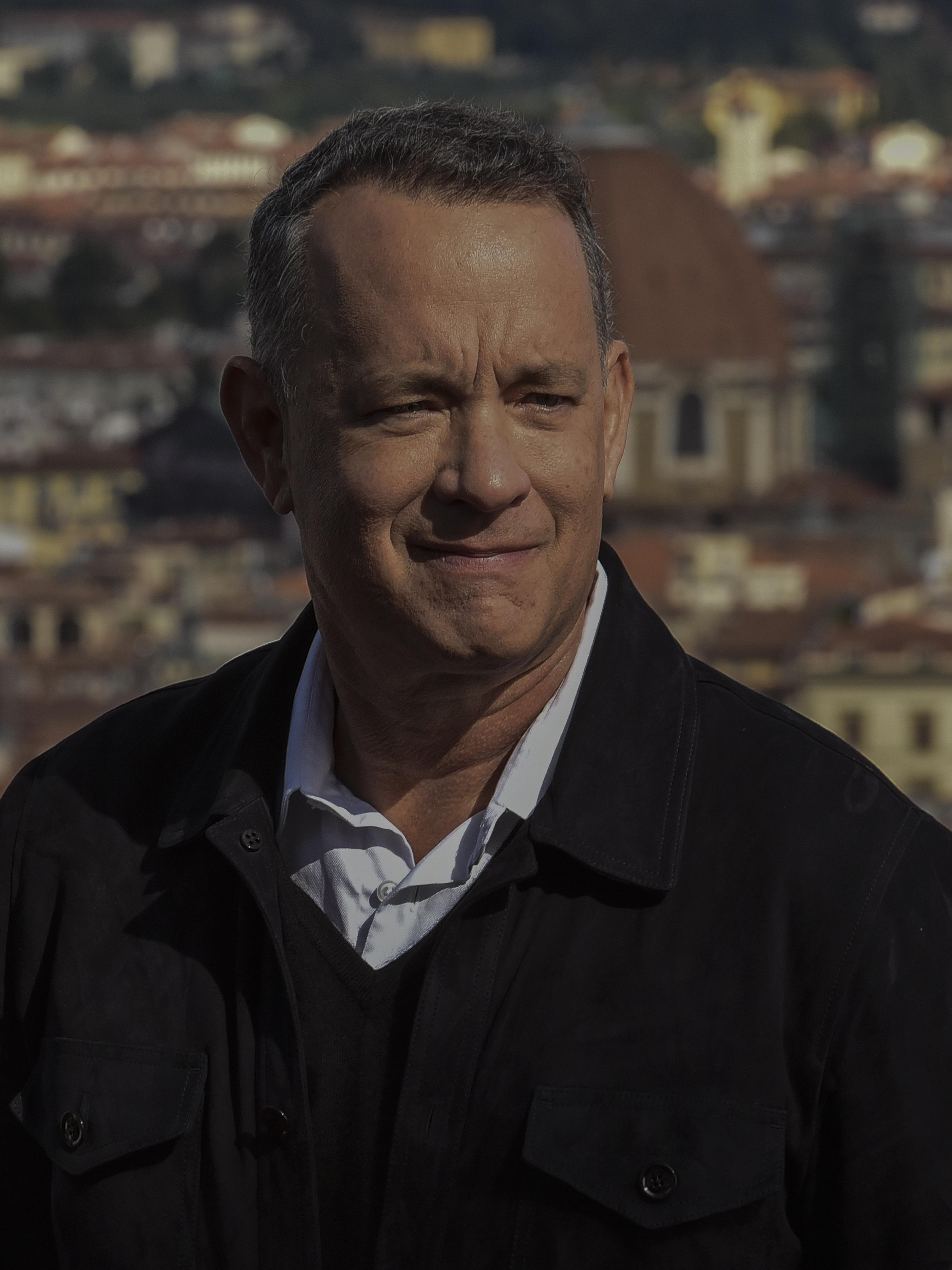 Tom Hanks (2016)
