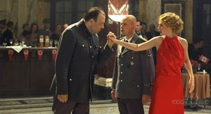 Waldemar Kobus as Franken, Christian Berkel as General Kautner and Carice camioneta, van Houten as Ellis
