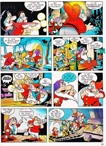 Walt Disney Characters karatasi la kupamba ukuta with anime entitled Walt Disney Movie Comics - Snow White and the Seven Dwarfs (Danish 1992 Version)