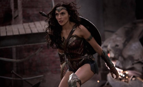 Wonder Woman (2017) achtergrond possibly containing a hip boot, a leotard, and tights entitled Wonder Woman - Diana Prince