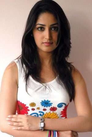Yami Gautam very cute and gorgeous