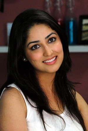 Yami Gautam very cute and gorgeous