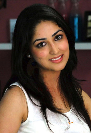 Yami Gautam very cute and gorgious