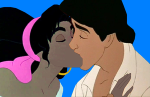 esmeralda and eric kiss 8.PNG