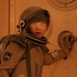 gardner's space ہیلمیٹ is on
