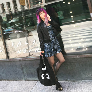 la carmina travel fashion influencer, سب, سب سے اوپر fashion bloggers instagram