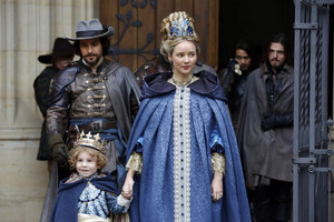 queen anne and aramis with athos
