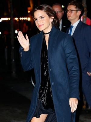 Emma Watson arriving at MOMA [November 15, 2016]