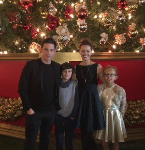 Amy Acker, James Carpinello and their kids