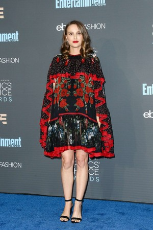 Attending the Critics' Choice Awards (December 11th 2016)