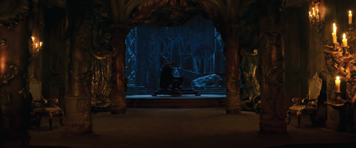 Beauty and the Beast (2017) वॉलपेपर possibly with a drawing room, a cathedra, and a सिंहासन called Beast in the west wing
